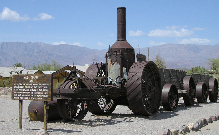 picture of steam tractor named old dinah in death valley national park