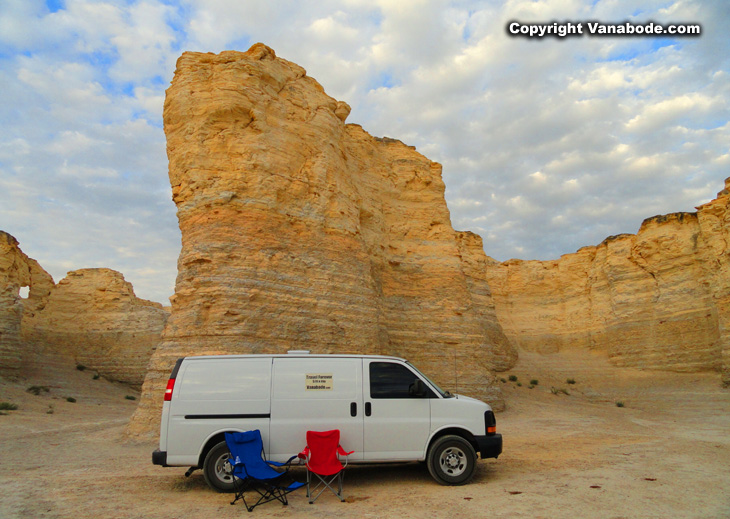 Free camping at the Oakley Monument Rocks in Kansas