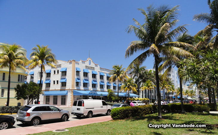 parking on ocean drive in miami south beach picture