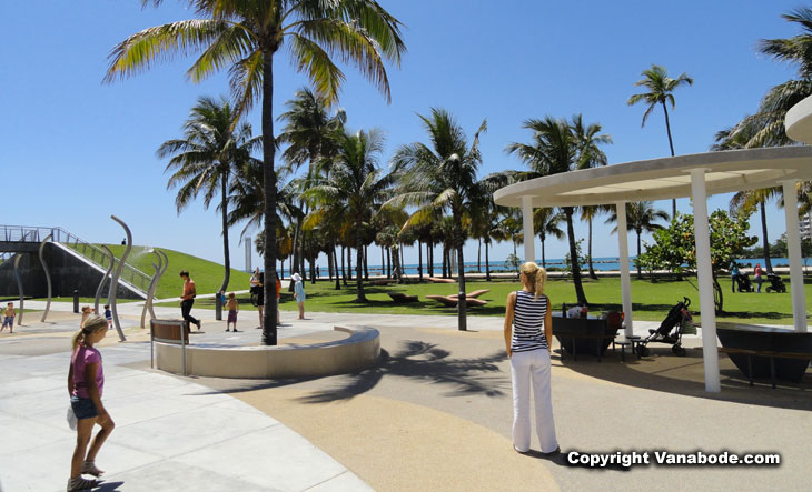 picture at south pointe park in miami south beach