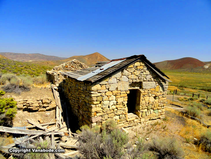 nevada ghost towns roadside
